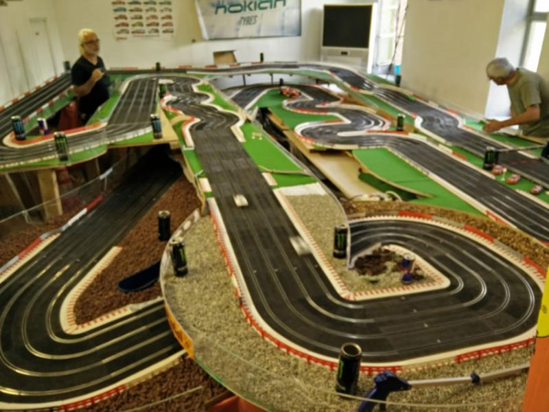 Superbe circuit 4 pistes Ninco gestion DS Racing